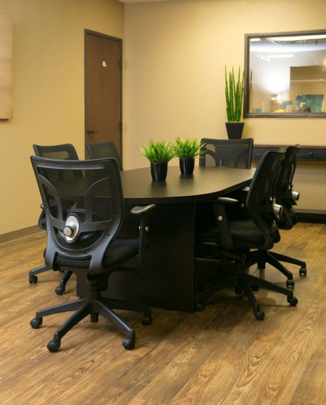Office Furniture: Office Furniture Rental In DFW & Austin
